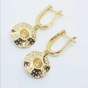 Jewelry - 18K Gold Plated Sparkly Diamond Drop Earrings